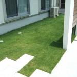 この芝生で夏はプール(^O^)/